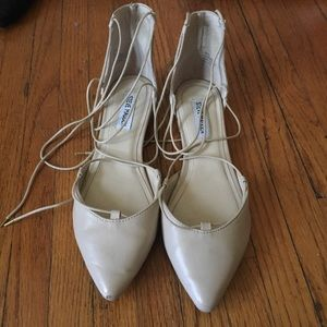 Steve Madden Nude Lace Up Flats size 8.5